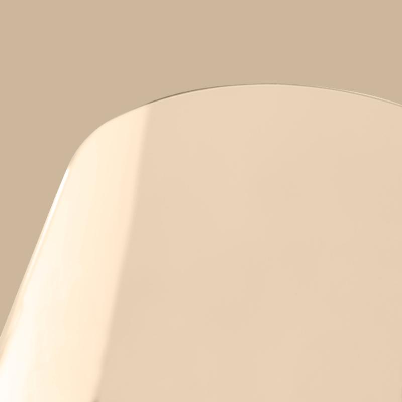 Jasny brąz